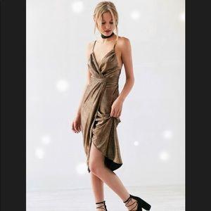 Ecote Solid Gold Metallic Tulle Midi Dress
